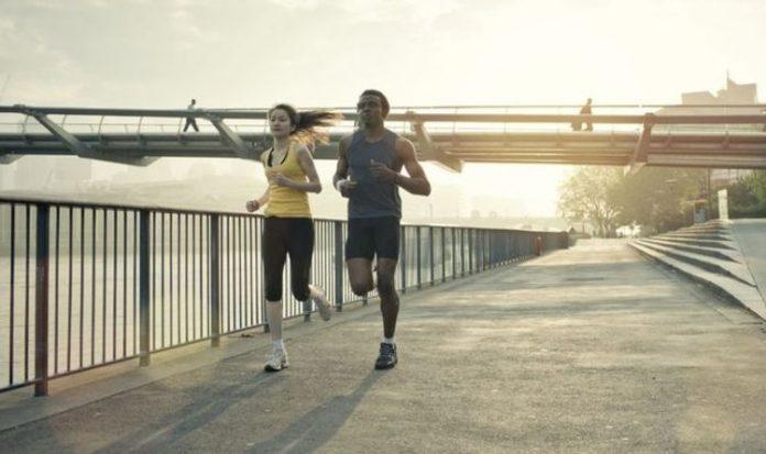 Perte de poids: guide du débutant pour courir en dehors de ce printemps